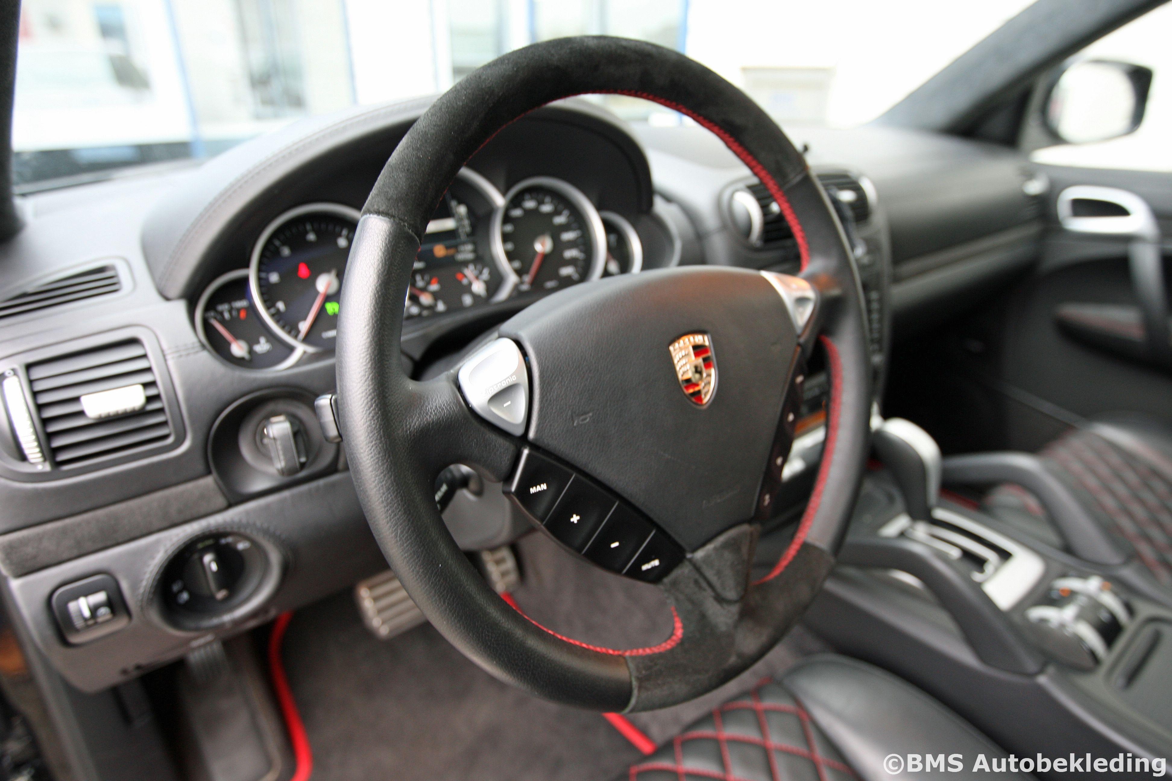 Bekleden van stuur, pookhoes of handremhoes | BMS Autobekleding